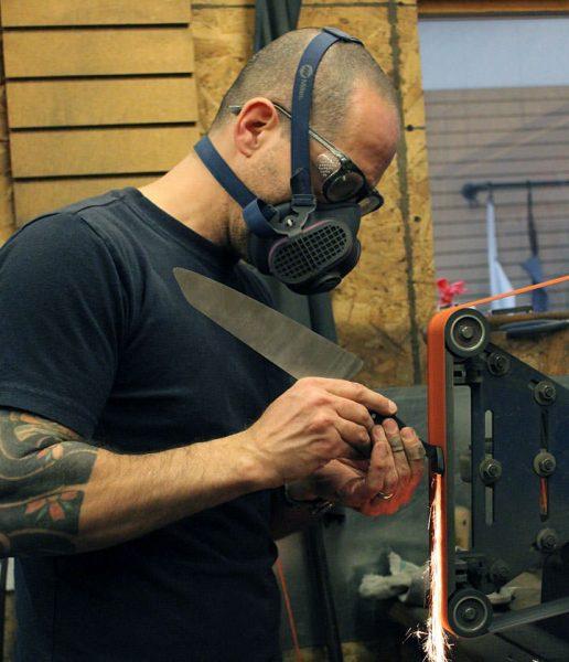 Eytan Zias finishing STEELPORT Knife